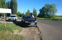 Из-за конфликта на дороге под Васильковом произошла стрельба, ранен бывший КВН-щик