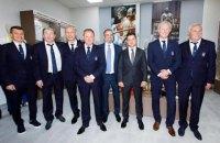 Зеленський з легендами українського футболу відкрив у Дніпрі Музей спорту