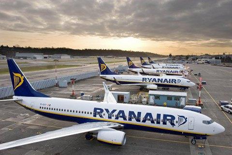 Ryanair объявил об отмене полетов в Украину