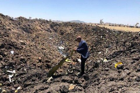 Самолет с 157 людьми на борту разбился в Африке, никто не выжил (обновлено)