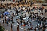 В Гонконге сторонники Пекина атаковали демонстрантов