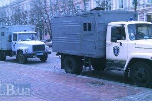 Всех задержанных на Банковой вывозят из Киева - источник в Пенитенциарной службе