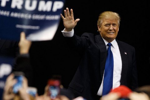 Суд зупинив перерахунок голосів на виборах президента США