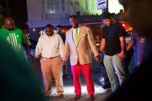 Бритоголовый белый мужчина застрелил 9 афроамериканцев в церкви