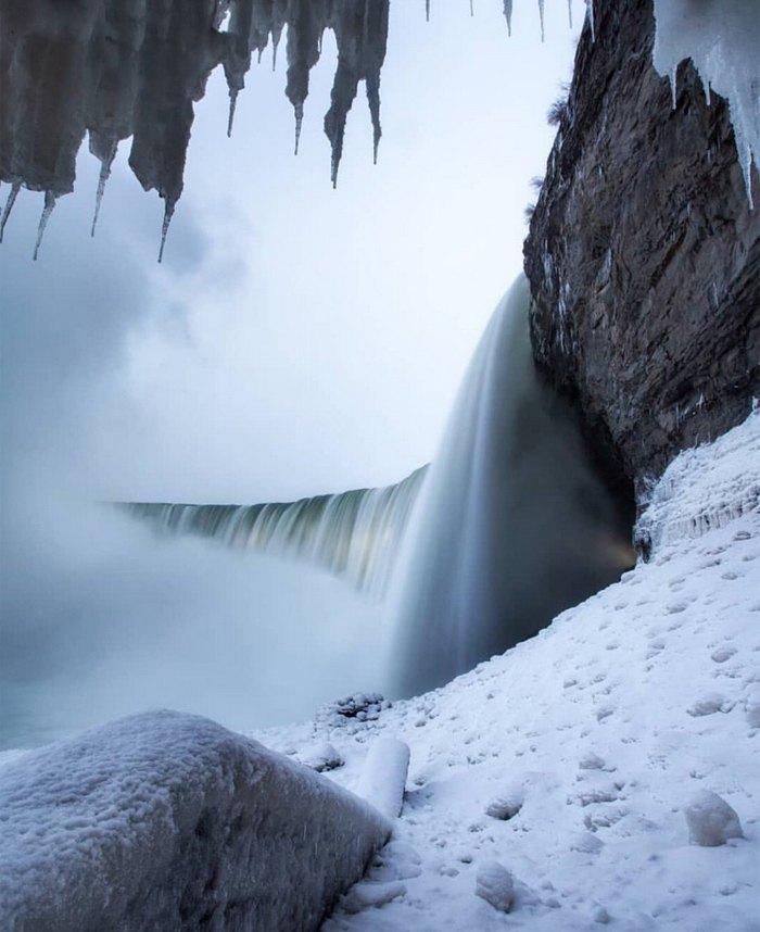 На фото Ниагарский водопад, 20 января 2019