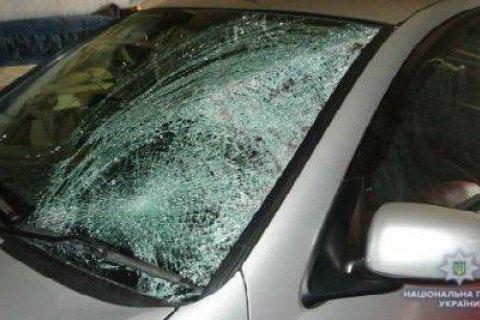 Поліція затримала п'ятьох підлітків, які жбурляли каміння в автомобілі на трасі Київ-Одеса