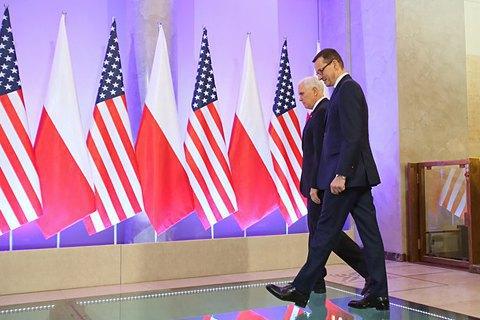 Польща: тиждень дивної дипломатії