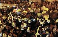 Полиция Гонконга выгнала протестующих с нескольких улиц, 45 человек арестованы