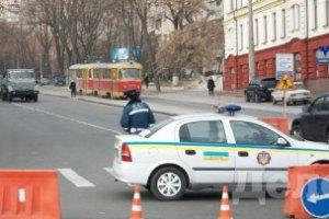 Дорога возле Лукьяновского СИЗО перекрыта под видом ремонтных работ