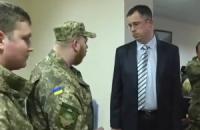 З'явилося відео публічного затримання прокурора Краматорська