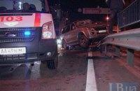 ДТП в Киеве: Mazda отбросила джип Mitsubishi Pajero на отбойник