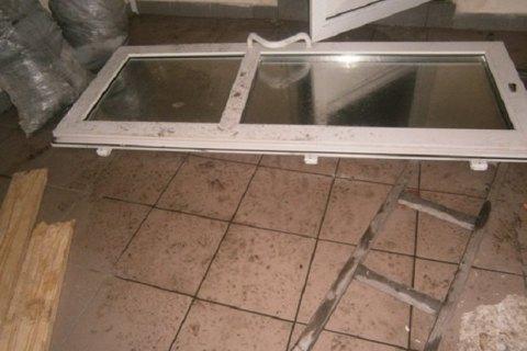 У Дарницькому районі Києва невідомі розгромили офіс