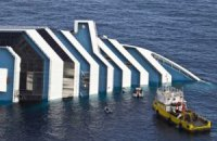 Число погибших при крушении Costa Concordia возросло до 15 человек