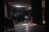 В военкомат к задержанным в киевском клубе не пускают адвоката