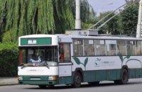 Автослесарь погиб из-за взрыва покрышки троллейбуса в Луцке