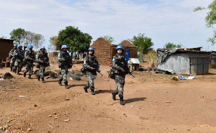 Китайские миротворцы несут патрульную службу в столице Южного Судана городе Джуба, 22 сентября 2019