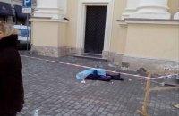 Глыба льда убила прихожанку церкви во Львове