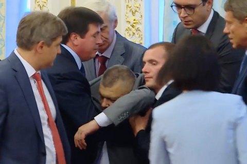 Главу прикордонної служби Назаренка, який втратив свідомість, відправили в лікарню