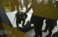 На Майдані Незалежності тривають сутички між ФОПами-протестувальниками та поліцією