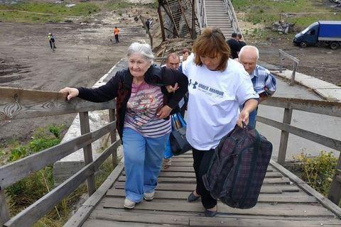 Мост в Станице Луганской планируют открыть до 27 ноября