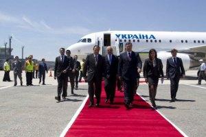 Янукович встречается с президентом Турции в формате тет-а-тет