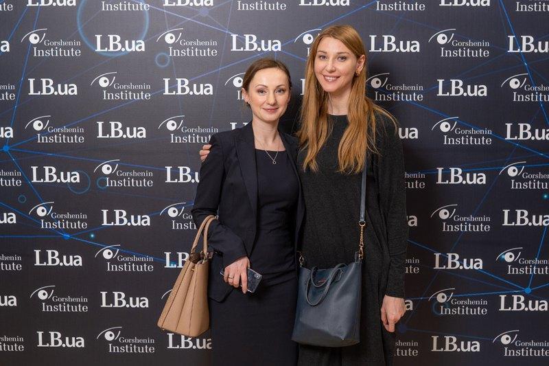 Народные депутаты Украины Ирина Суслова и Ольга Червакова