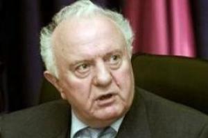 Шеварднадзе призвал Саакашвили признать свою ошибку