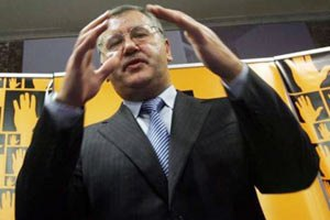 Гриценко: у самовисуванців беруть письмові заяви про вступ до ПР