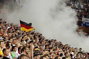 УЕФА не понравилось поведение немецких болельщиков во Львове