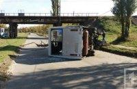 В Кривом Роге маршрутка с пассажирами врезалась в столб и перевернулась