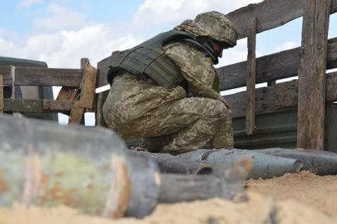 Військові почали утилізацію боєприпасів у Балаклії
