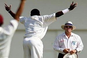 В Бангладеш судья крикетного матча убил зрителя