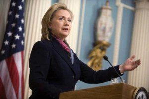 Клинтон и Сикорский поговорили об Украине