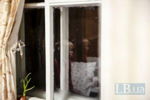 У Харкові з вікна 19-го поверху випала жінка з немовлям