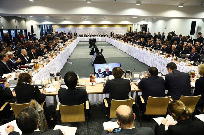 Учасники міжнародної конференції у Варшаві, присвяченій питанням Близького Сходу, Польща, 14 лютого 2019.