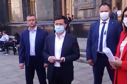"""Зеленский пообещал бастующим шахтерам разобраться с долгами """"Центрэнерго"""""""