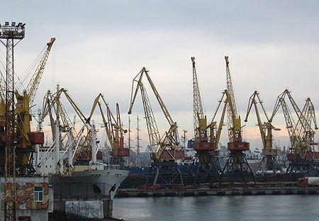 Україна без портів втратить контроль над експортно-імпортними потоками, - експерт