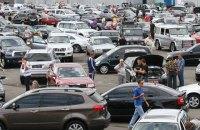 Зниження акцизів на старі іномарки не зашкодило українському автопрому, - економіст