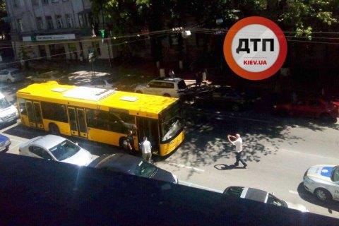 У Києві за кермом помер водій автобуса