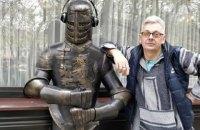 """Справу про напад на журналіста Комарова перекваліфікували у """"замах на вбивство"""""""