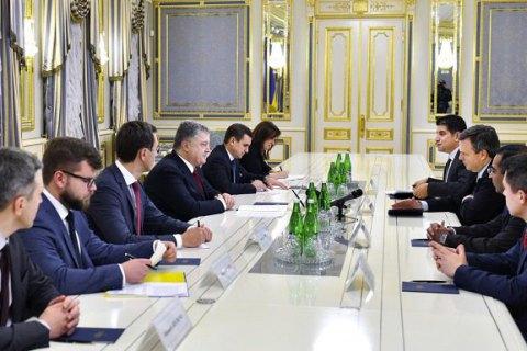 Гройсман: вначале осени наступающего года «Укрзализныця» получит 30 новых локомотивов