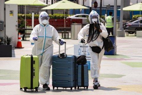 В США в день голосования обнаружили более 90 тысяч новых заболеваний коронавирусом