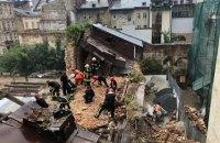 Унаслідок обвалу будинку в центрі Львова загинув 17-річний хлопець