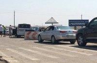 Російські прикордонники ліквідують блокпости на адмінкордоні з Кримом
