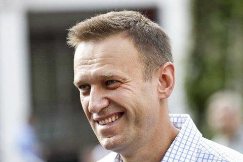 Навальний повертається в Росію