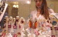 Перед Новым годом депутатам в Раде продают сверхдорогие украшения