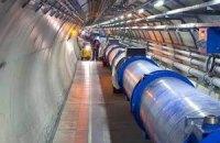Большой адронный коллайдер проработает на 7 недель дольше