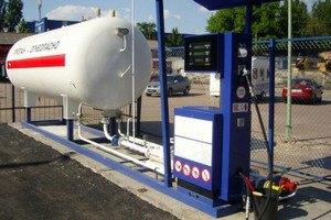 Демонтаж газових модулів спровокує подорожчання газу для авто в Києві на 30%, - думка