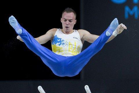 Верняев завоевал серебро ЧМ в упражнении на брусьях