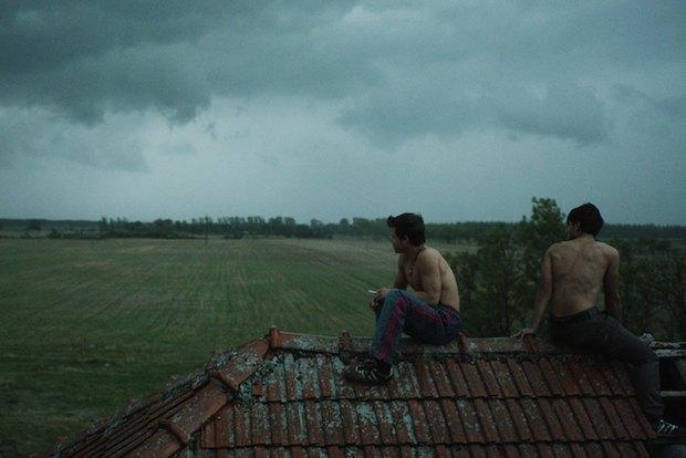 Кадр из фильма Страна бурь